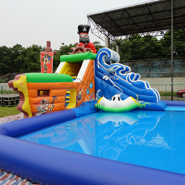 Inflatable_Pool_3